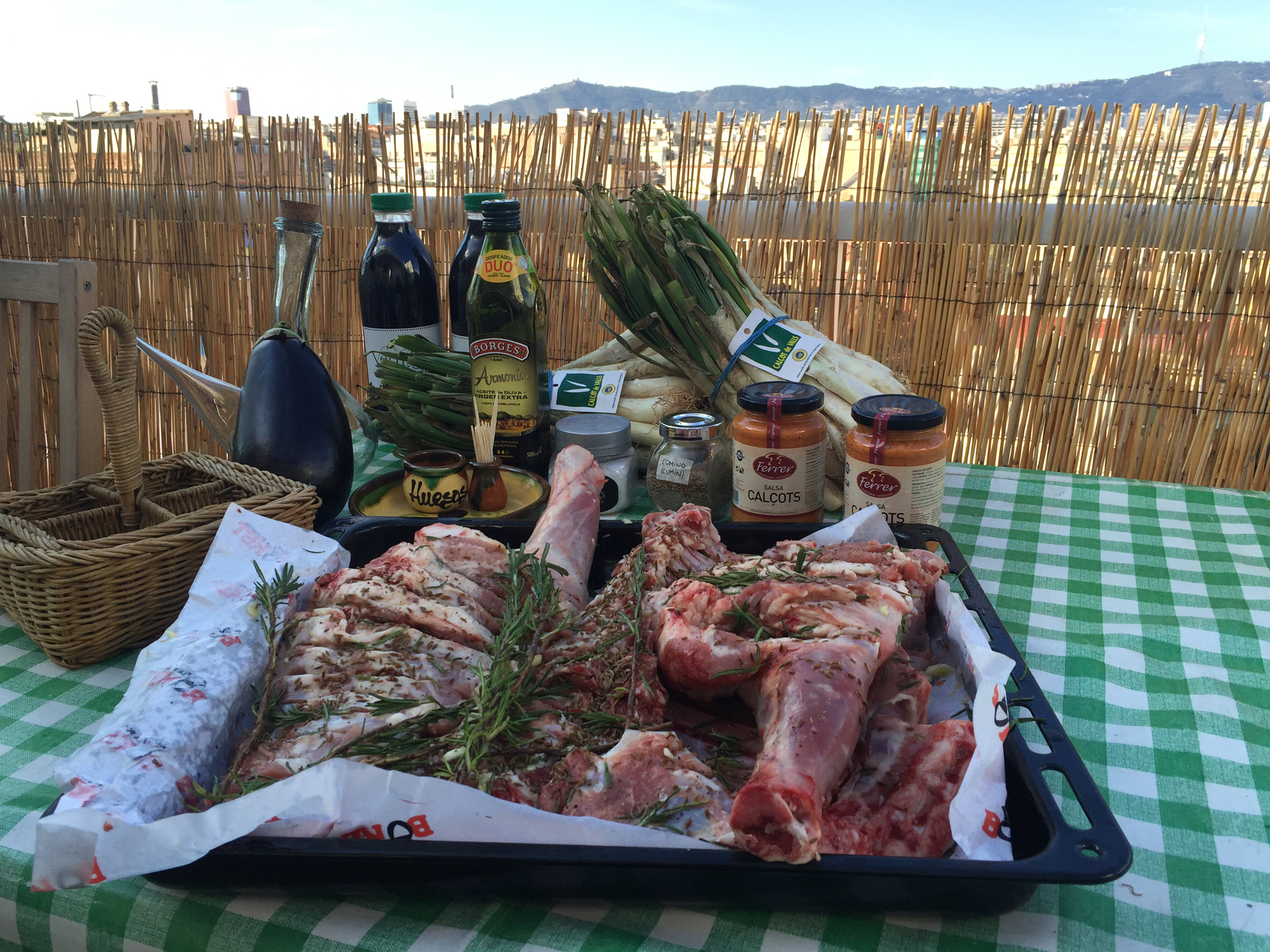 Calçots and lamb ready for our Barcelona barbecue catering event